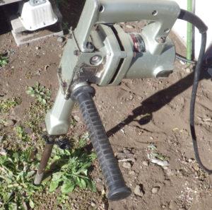 コンクリートハンマードリルCH420-A雑草対策