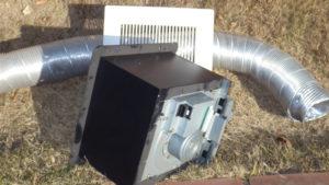 Panasonic天井埋込型喚起扇とフレキ管